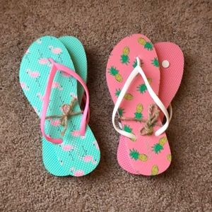 6f5794ae901abf Old Navy Shoes - Old navy flamingo flip flops size 10